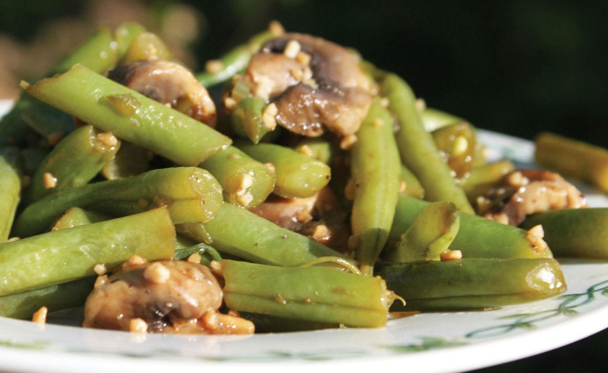 Garlic_Green_Beans_with_Mushrooms-CMYK_web