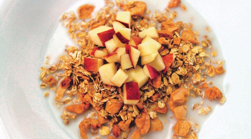 apple-pie-granola