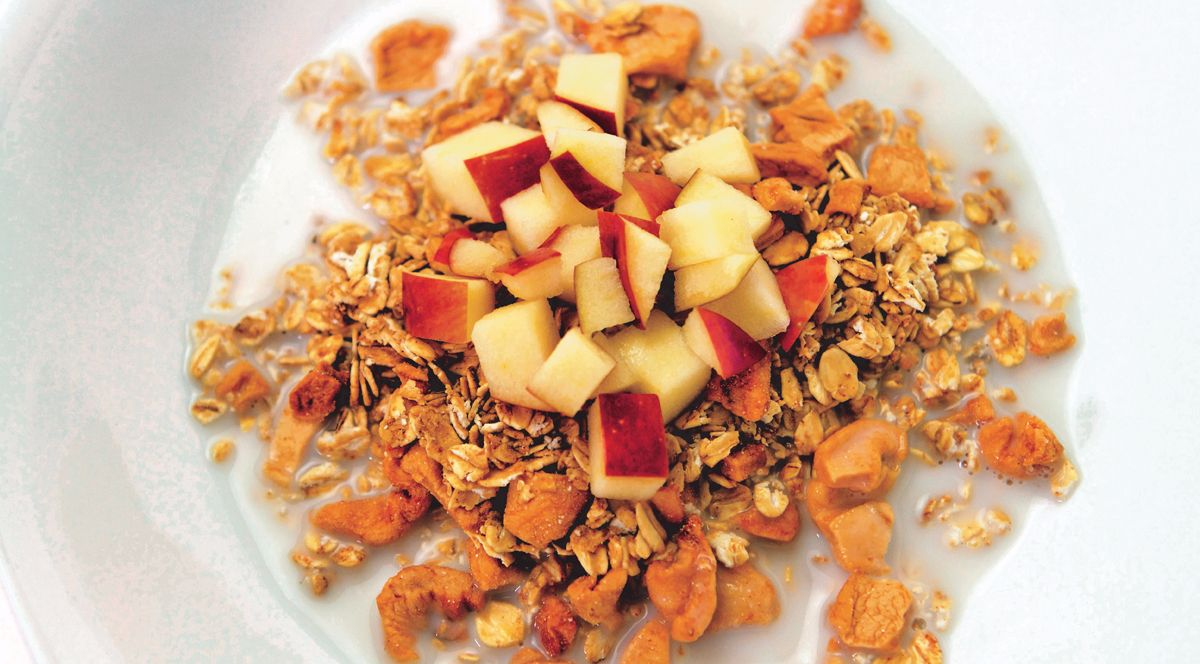 apple-pie-granola
